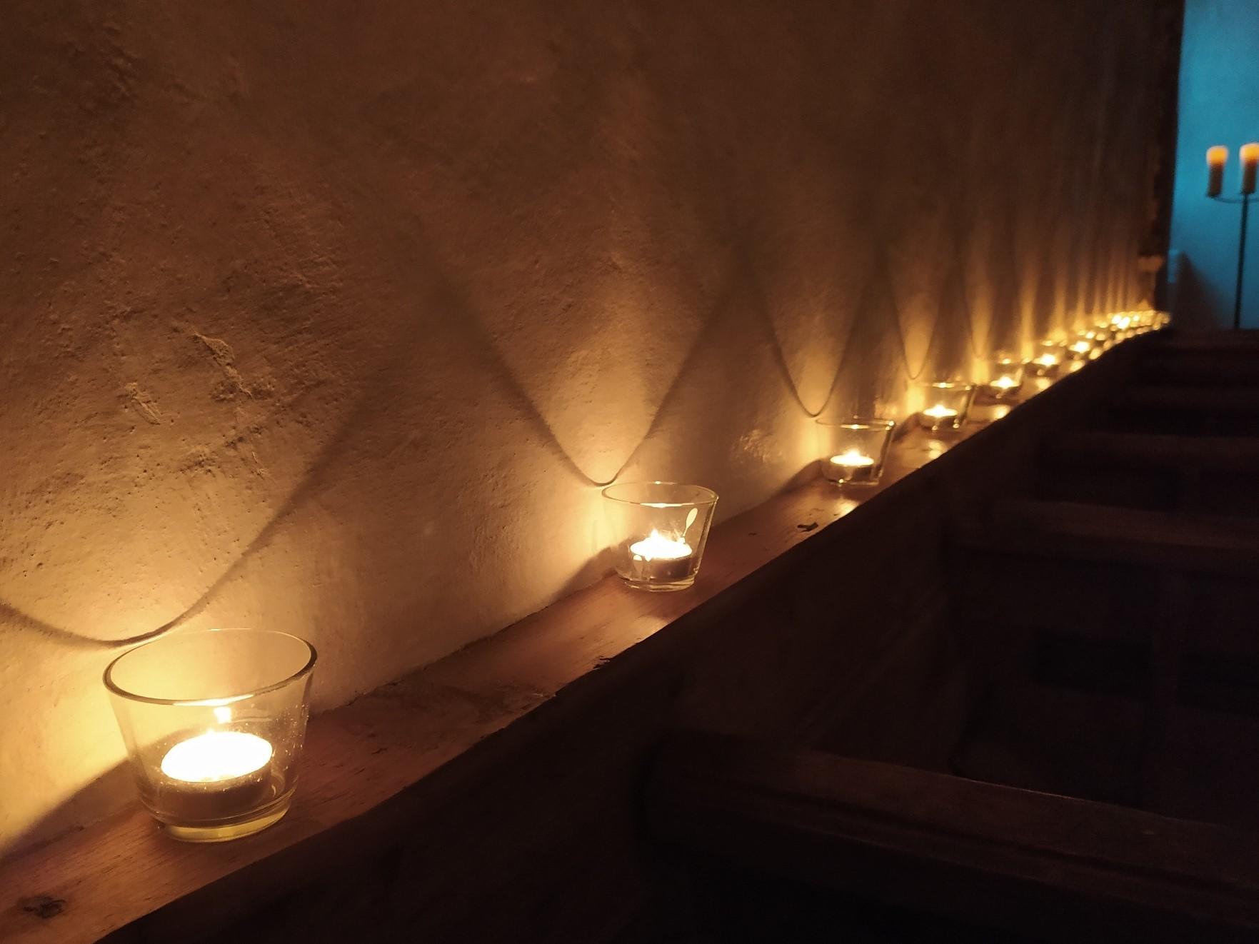 Kerzenbeleuchtung bei Taize