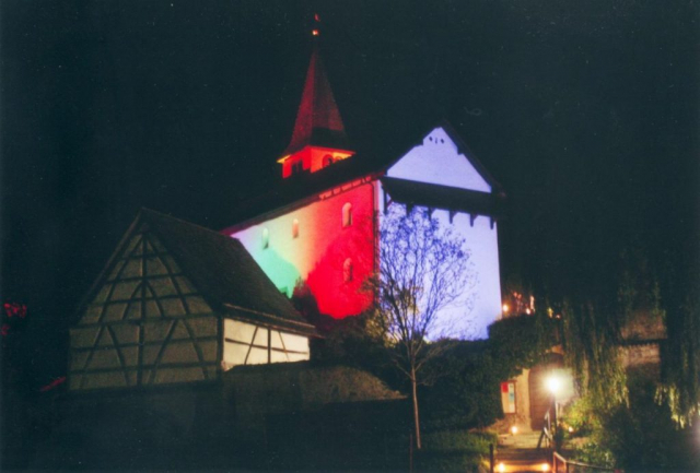 Die Bergkirche im Herbst